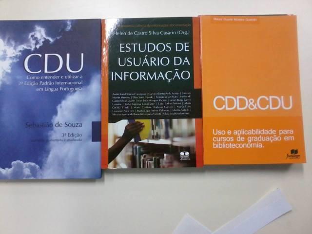 Livros novos (: